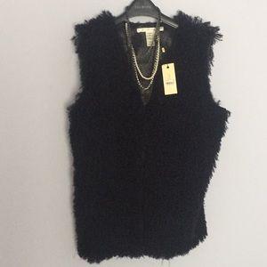 Studio M large Vest